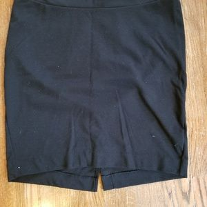 Liz Lange Maternity black cotton work skirt